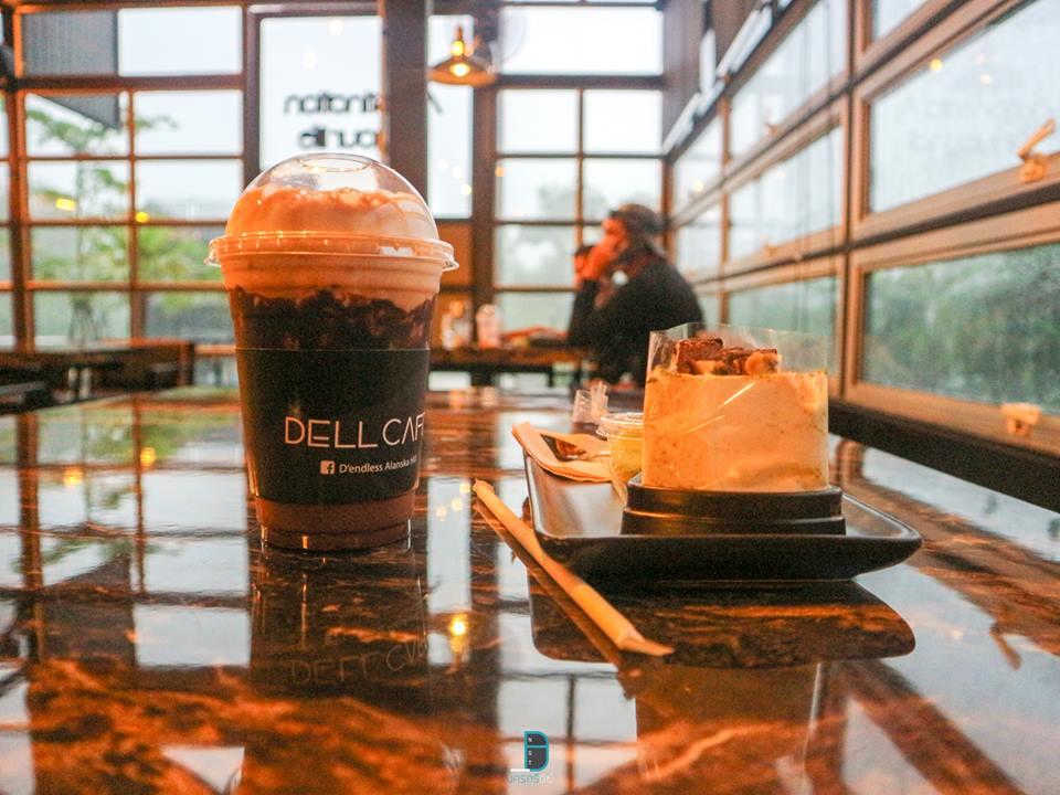 Dell cafe คาเฟ่สวยใหม่ สไตล์รังผึ้ง at The endless ลานสกา นครศรีดีย์