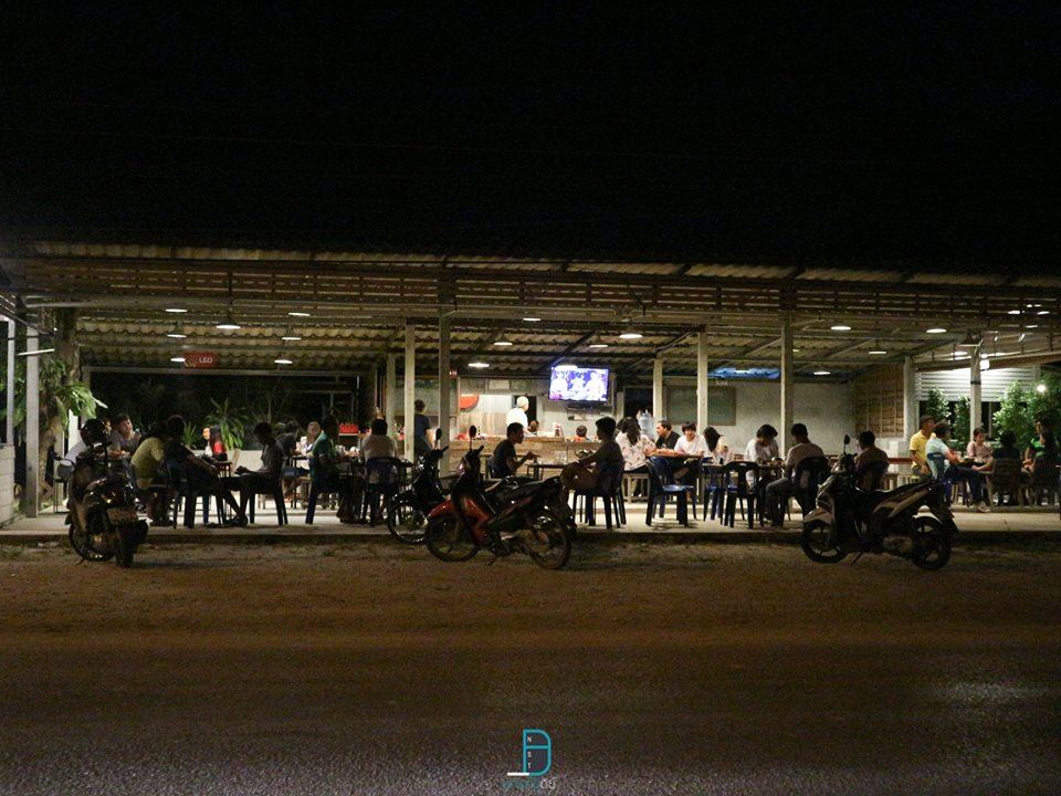 ร้านน้ำชาพี่แหลม ร้านน้ำชาร้านเด็ด at ท่าศาลา ราคาไม่แพงแถมนั่งชิวๆกันยาวๆ นครศรีดีย์