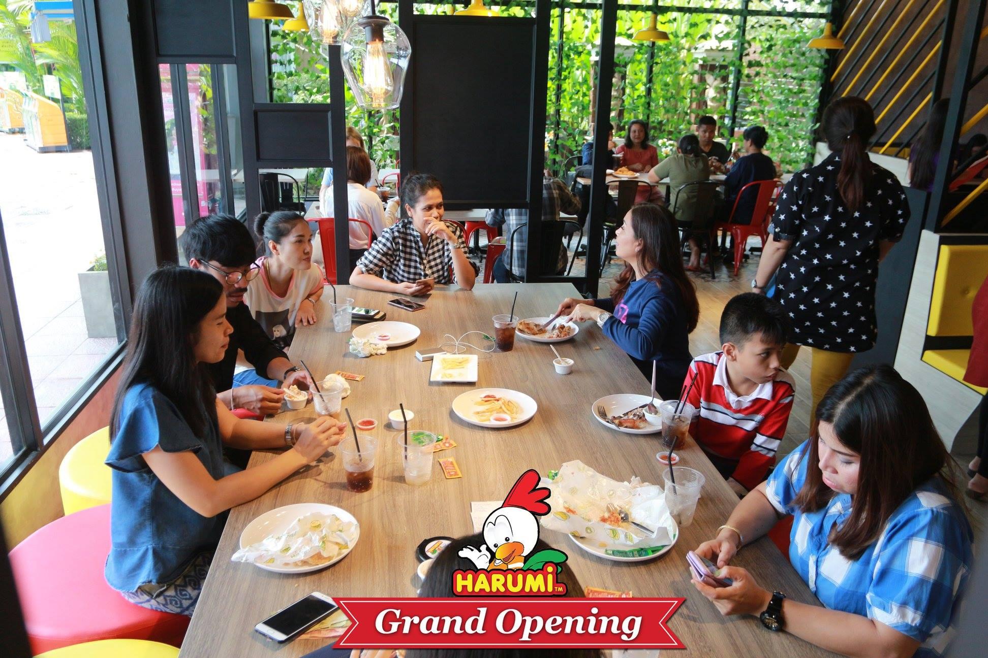 Harumi thailand ร้านไก่ทอดสไตล์ไต้หวัน อร่อยเด็ด หลากหลายเมนู นครศรีดีย์