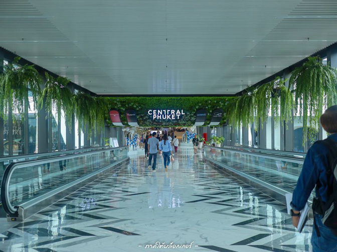 Central Phuket กว้างขวางสวยงามภายในมีของมากมายครับภูเก็ต,ที่พัก,โรงแรม,รีสอร์ท,สถานที่ท่องเที่ยว,ของกิน,จุดเช็คอิน,ที่เที่ยว,จุดถ่ายรูป