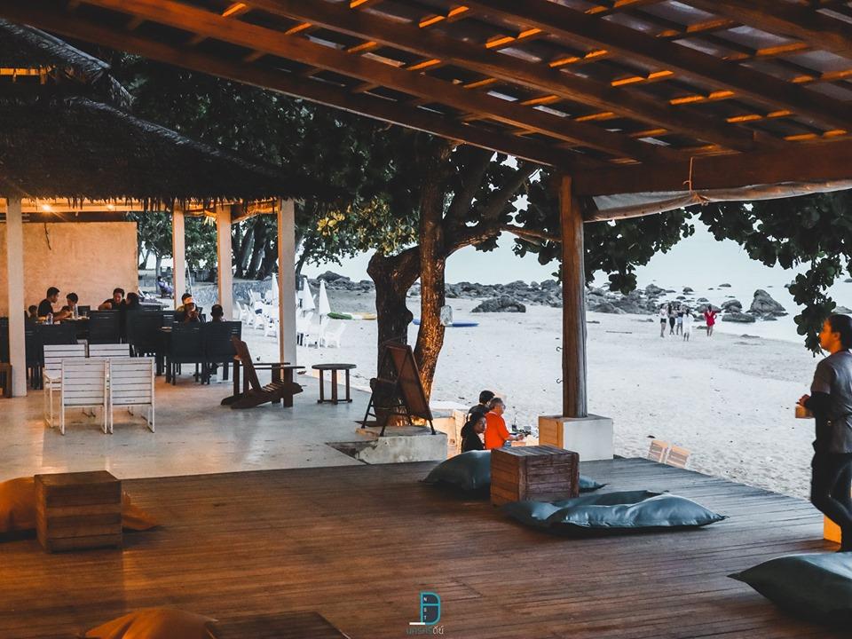 คาเฟ่ สิชล Blue Surf by Sichon Cabana จุดเช็คอินสุดชิคริมทะเล Cafe สวยวิวหลักล้าน นครศรีดีย์