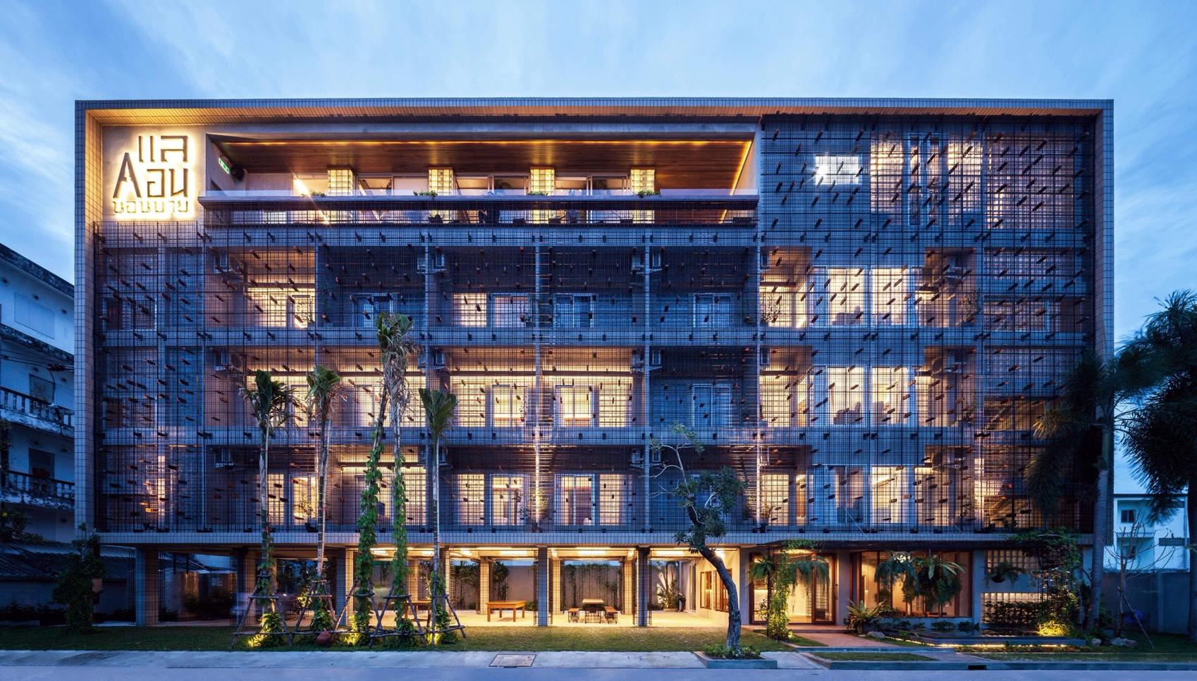 สถาปัตยกรรมโรงแรมที่นำวัสดุท้องถิ่นมาจัดเรียงแบบสมัยใหม่แลคอน,rooftop,นครศรีธรรมราช,โรงแรม,ร้านอาหาร,เด็ด,สวย,วิวหลักล้าน