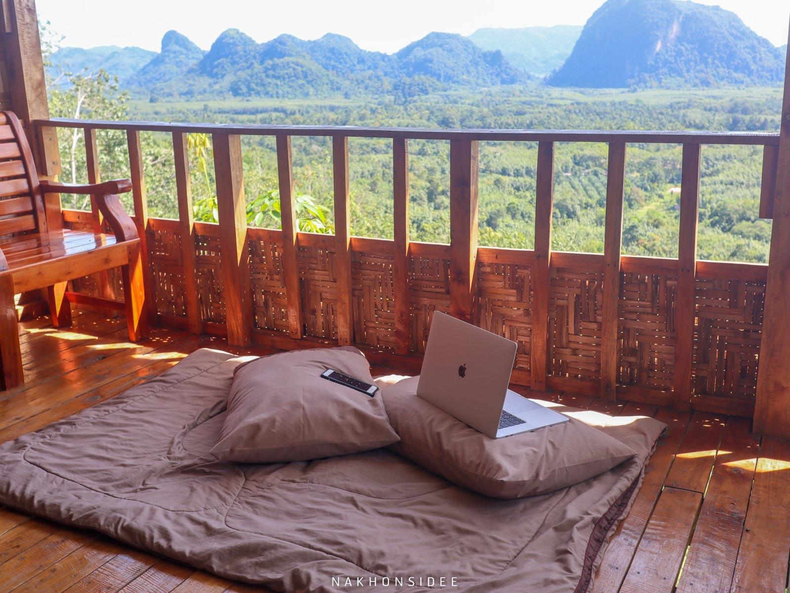 น้ำจิ้มรูปแรกก-บรรยากาศนั่งทำงานชิวๆ-วิวหลักล้าน-ที่พักควนนกเต้น ที่เที่ยว,ที่พัก,พัทลุง,การท่องเที่ยว,ประเทศไทย,วิถีชีวิต,ชุมชน,ดริฟท์กาแฟ