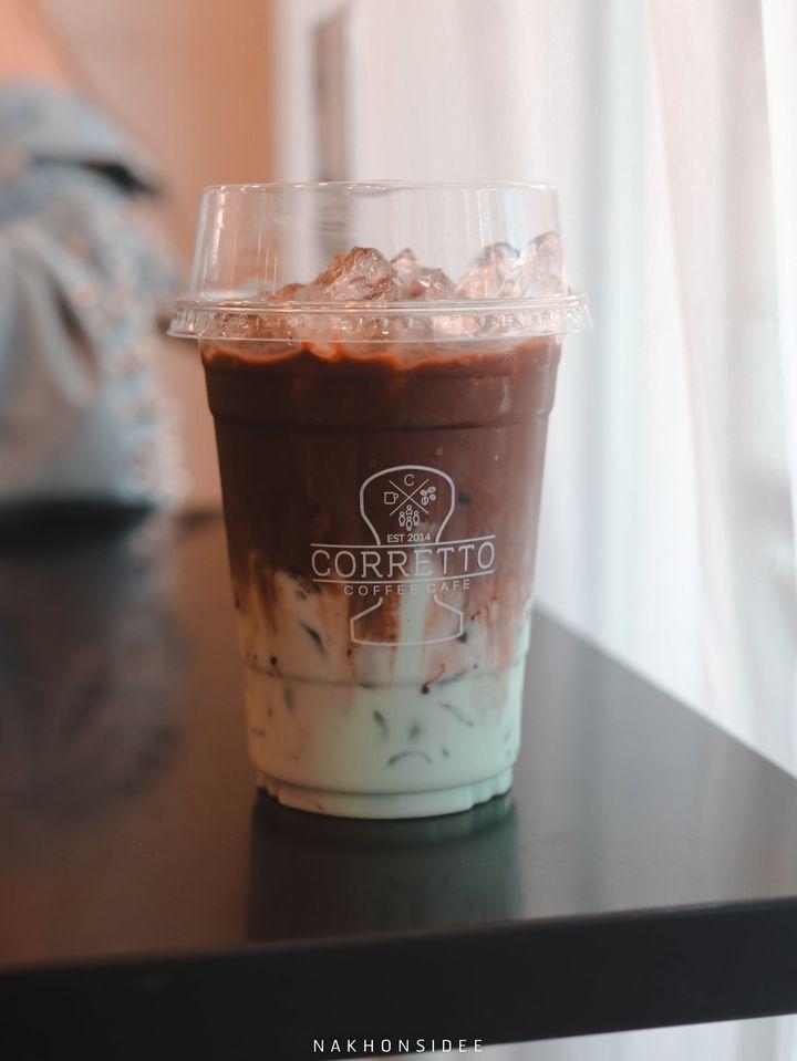 โกโก้มิ้นต์ แอดมินิมอลไปหน่อยเลยไม่เห็นสีมิ้นต์ 555คอเร็ทโต้,Corretto,ร้านกาแฟ,คาเฟ่,ใจกลางเมือง,อร่อย,ช็อกโกแลต,มัจฉะ,ชาเขียว