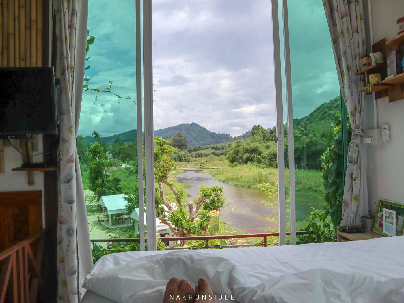 ที่พัก,ลานสกา,นครศรีธรรมราช,โรงแรม,รีสอร์ท,ริมลำธาร,หมูกะทะ
