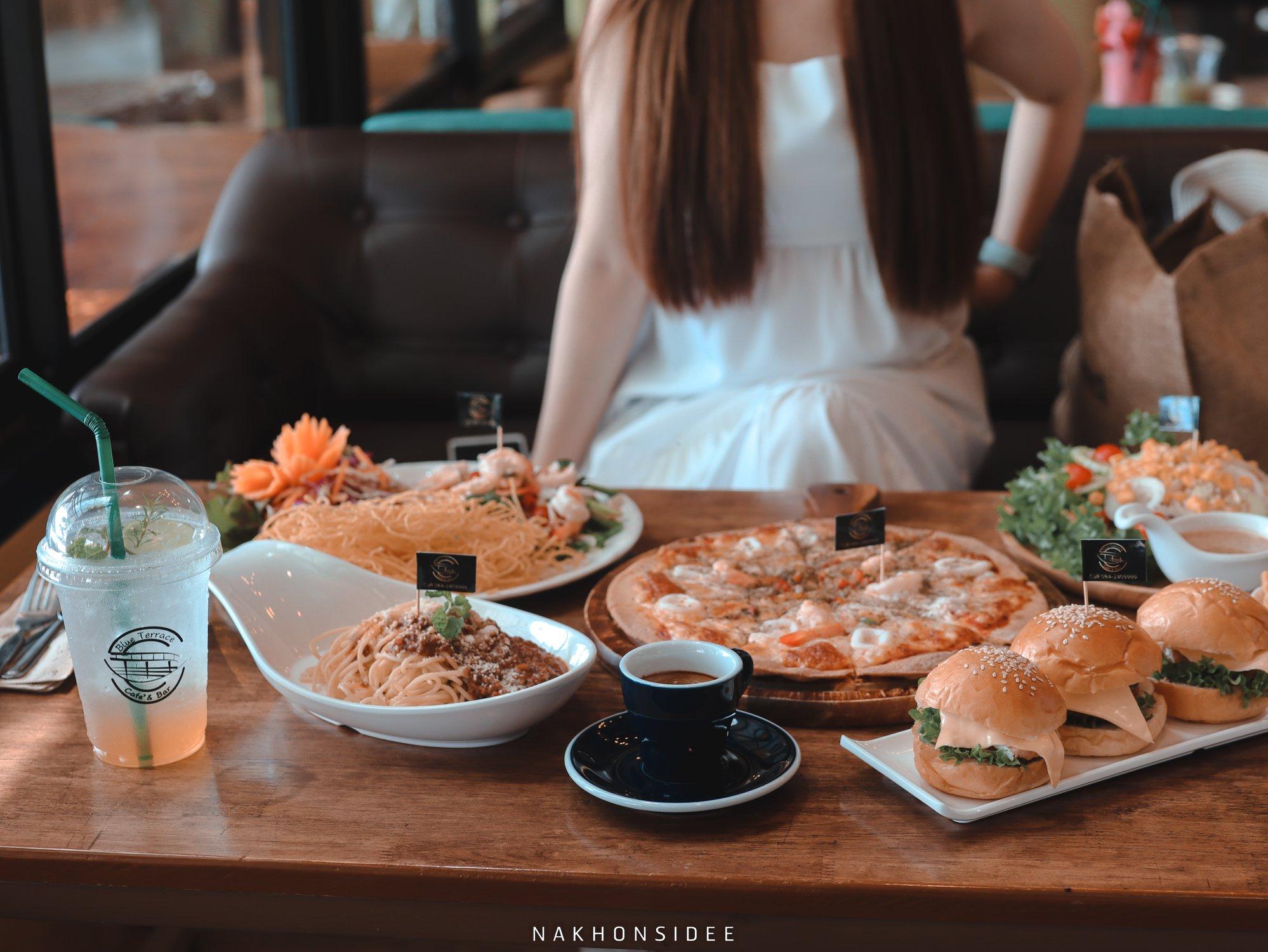 ขนอม,นครศรีธรรมราช,ฺBlueterrace,ของกิน,ร้านอาหาร,คาเฟ่,อร่อย
