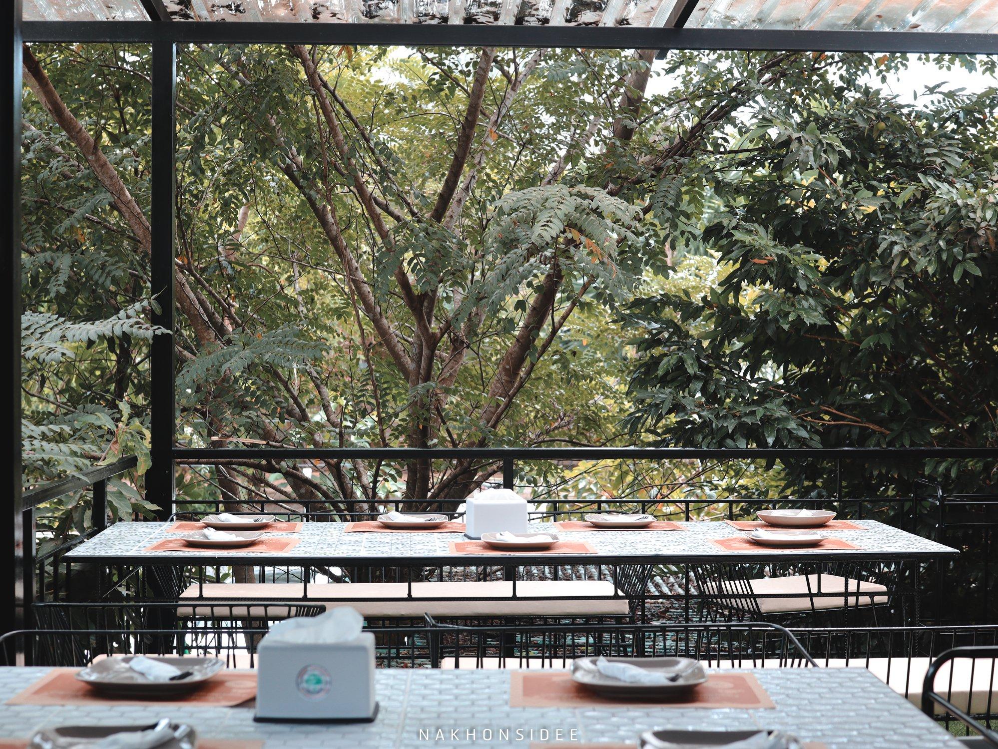 โซนนั่งชั้น-2-สบายมาก-คือดีย์ต่อใจจ  treestation,ร้านอาหาร,คาเฟ่,กลางป่า,อร่อย,ของกิน,นครศรีธรรมราช