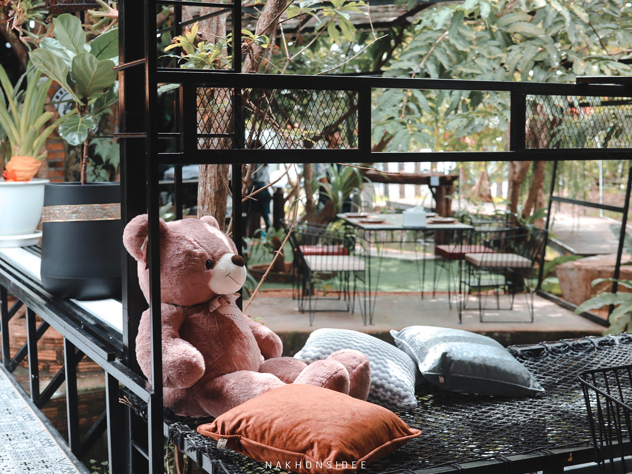 มีน้องหมีน่ารักๆ-อยู่ตลอดทั้งร้านเลย  treestation,ร้านอาหาร,คาเฟ่,กลางป่า,อร่อย,ของกิน,นครศรีธรรมราช