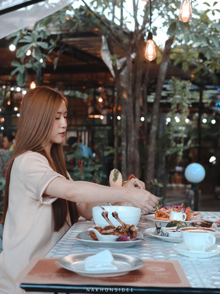 อาหารอร่อยน้าา  treestation,ร้านอาหาร,คาเฟ่,กลางป่า,อร่อย,ของกิน,นครศรีธรรมราช