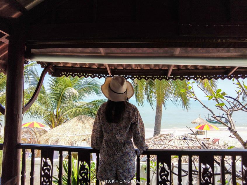 บรรยากาศของหน้าห้องวิวทะเล  ที่พัก,สิชล,ใจดีรีสอร์ท,สุดสวย,วิวทะเล,สไตล์เรือนไทย