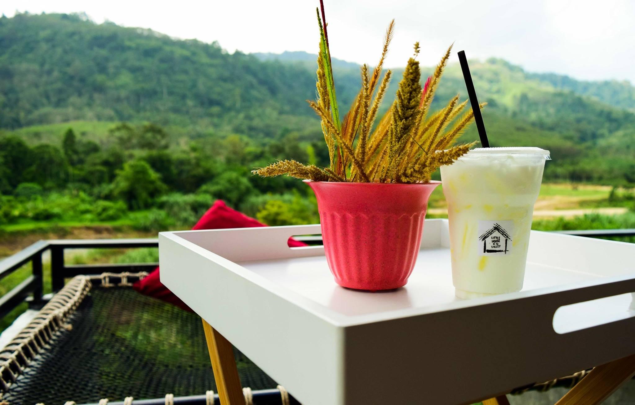 ณ บ้านเล็กกลางหุบเขา นั่งจิบชากาแฟ บนตาข่ายสุดชิว วิวสีเขียว นครศรีดีย์