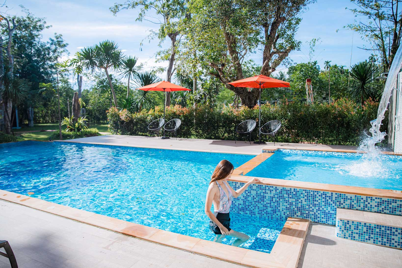 มีสระว่ายน้ำสวยๆ-ด้วยน้าา-ทั้งสระผู้ใหญ่-และสระเด็กเลยงับ  บ้านขุนเล,ขุนเลคอฟฟี่,ลานสกา,นครศรี,ที่พักเปิดใหม่,รีสอร์ท