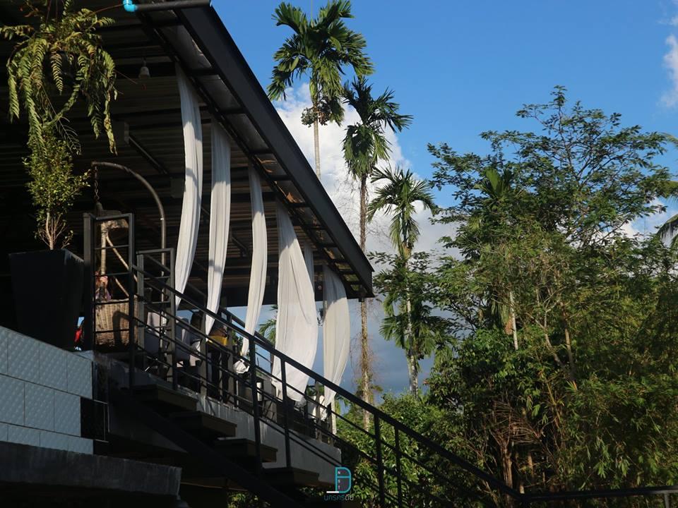 Lyn cafe at ช้างกลาง ร้านใหม่วิวหลักล้าน อาหารรสชาติดีแถมราคาไม่แพงด้วย นครศรีดีย์