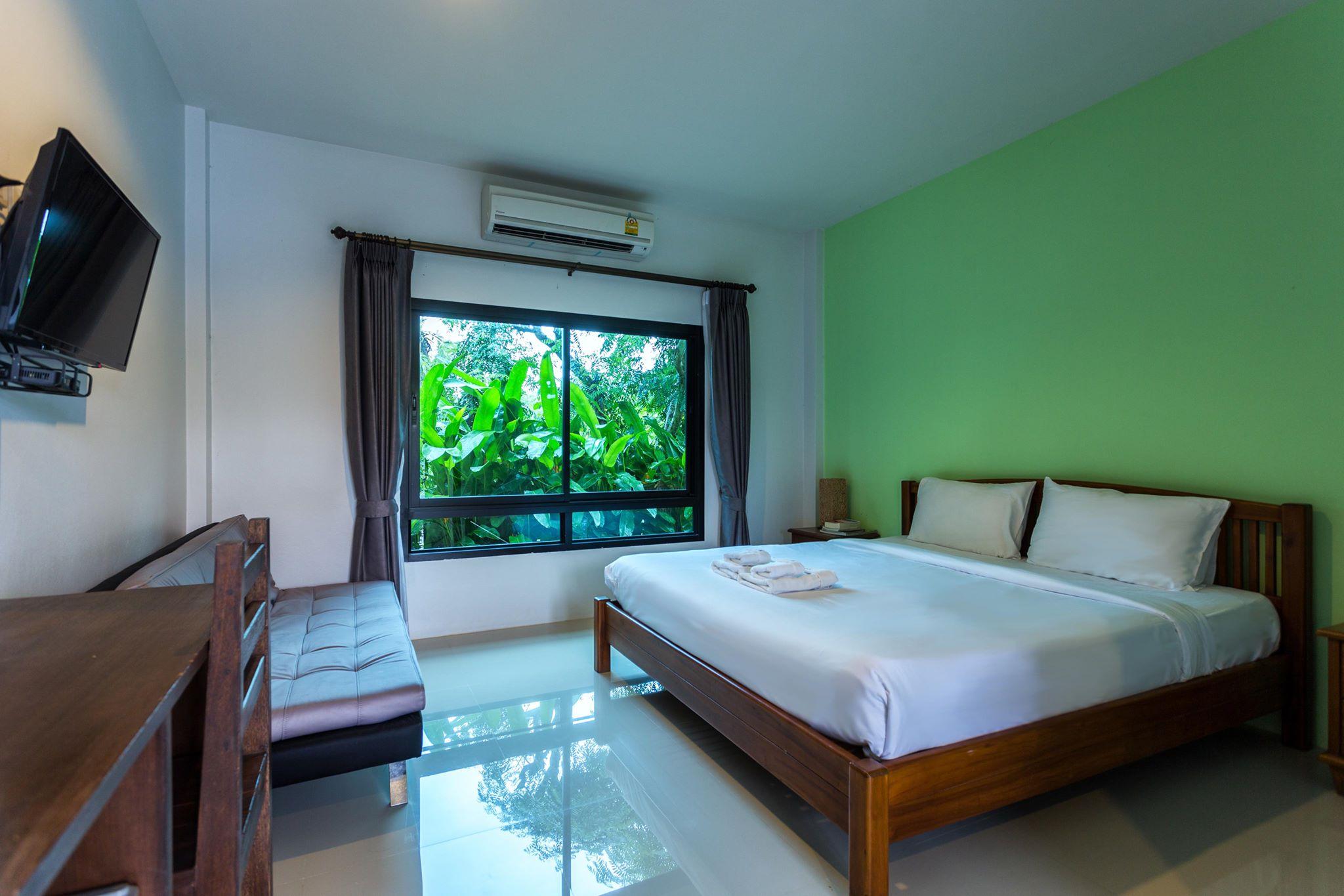 พักผ่อนชิวๆ ริมน้ำ ที่ Tamali Hotel  นครศรีดีย์