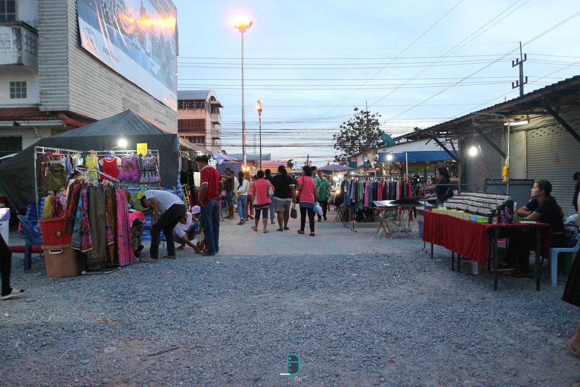 ท่าเรียน ตลาดเปิดท้าย เช็คอินจุดนี้เด็ด at เมืองคอน นครศรีดีย์